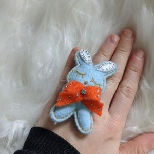 Tarina Tarantino Easter Bunny blue felt ring